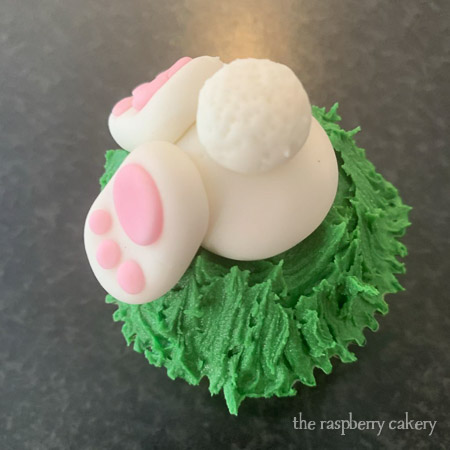 Your finished Easter Bunny Butt Cupcakes! (Easter Bunny Cupcakes Tutorial)
